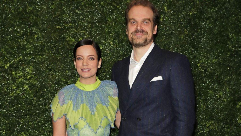 Lily Allen und David Harbour auf einer Pre-BAFTA-Party im Jahr 2020