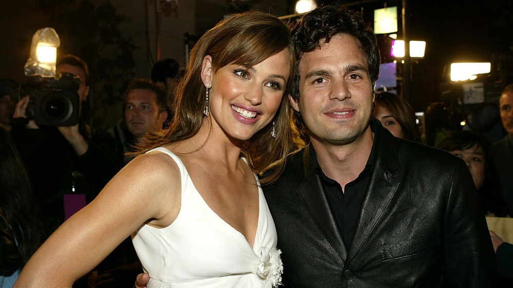 Jennifer Garner und Mark Ruffalo posieren