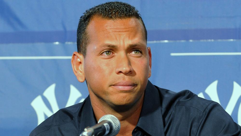 Alex Rodriguez runzelte bei einer Pressekonferenz die Stirn