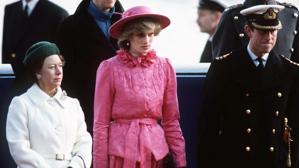 Prinzessin Margaret, Prinzessin Diana und Prinz Charles posieren