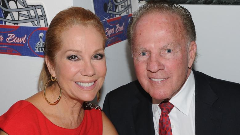 Frank Gifford und Kathie Lee Gifford lächeln