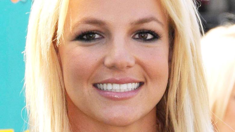 Britney Spears weiße Zähne