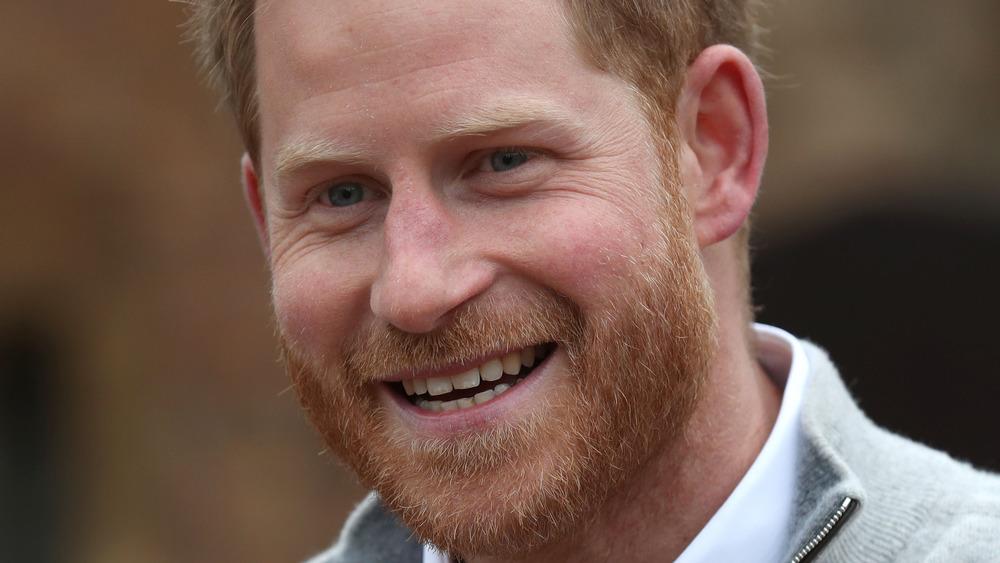 Prinz Harry lächelte