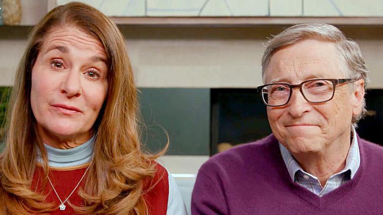 Melinda und Bill Gates sprechen auf einer Veranstaltung