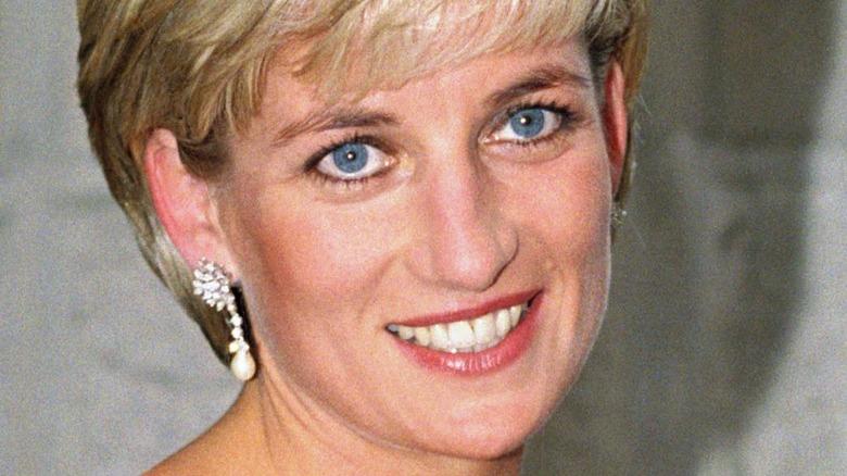 Prinzessin Diana blaue Augen