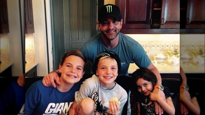 Bryan Spears, mit Hut, 2017 Foto mit Britneys Kindern und seiner Tochter