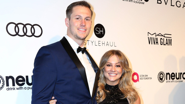 Andrew East und Shawn Johnson roter Teppich