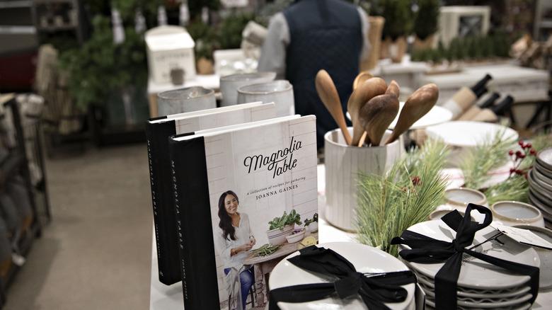 Magnolia-Warenanzeige in Target