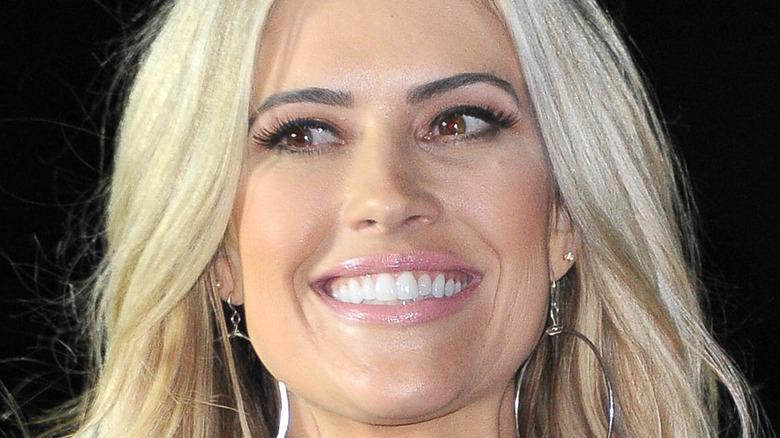 Christina Haack lächelt