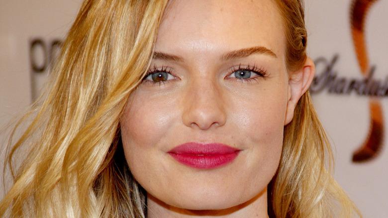 Kate Bosworth trägt rosa Lippenstift