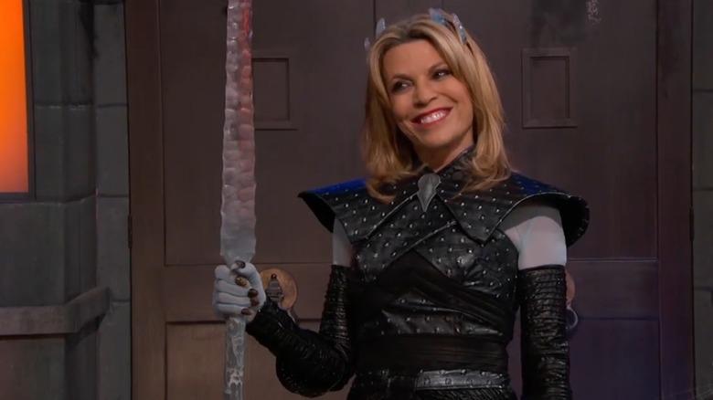 Vanna White in einem Halloween-Kostüm