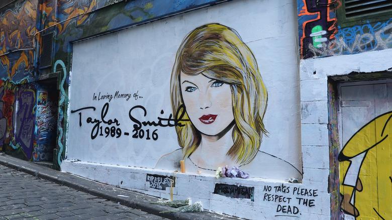 Taylor Swift in liebevoller Erinnerung Australien Wandbild