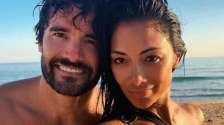 Nicole Scherzinger mit Thom Evans am Strand