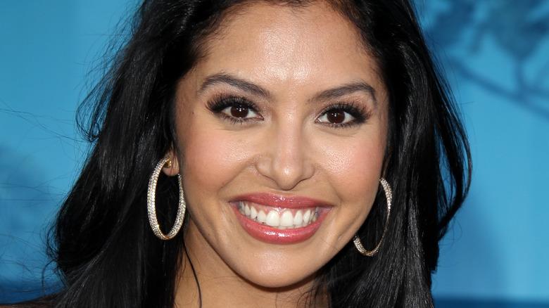 """Vanessa Bryant kommt am 18. Juni 2012 bei der LAFF-Premiere von """"Brave"""" im Dolby Theatre in Los Angeles, Kalifornien, an"""
