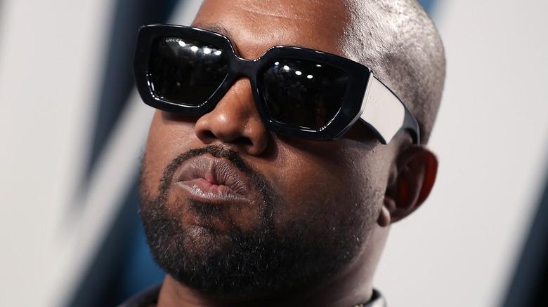 Kanye West mit Sonnenbrille