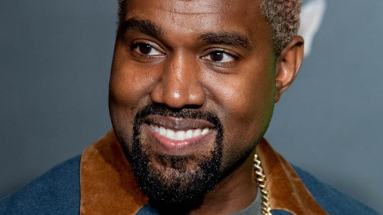 Kanye West posiert