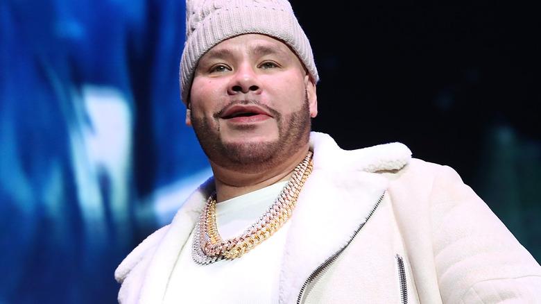 Fat Joe tritt auf der Bühne auf